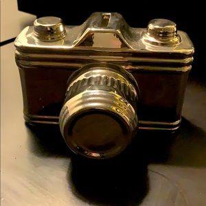 Shiny! Retro! Camera shaped ceramic coin bank